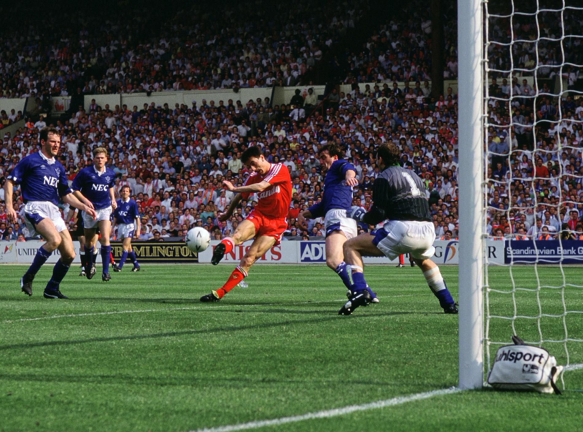 Матч, изменивший современную историю английского футбола – сумасшедшая развязка высшего дивизиона Англии сезона 1988/89