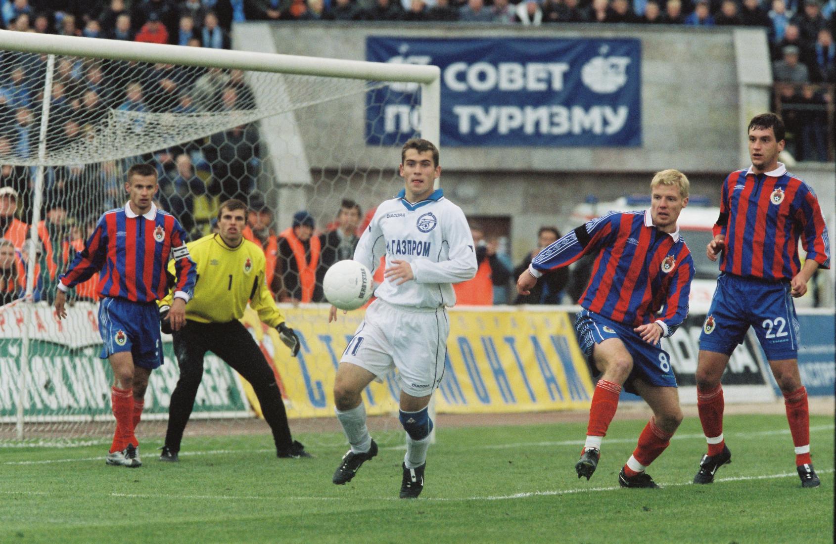 20 лет назад «Зенит» вынес ЦСКА 6:1, забив 4 гола за 5 минут. Это последний матч Павла Садырина