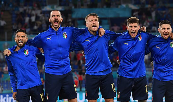 Устрашает ли гимн сборной Италии? В регби делают что-то похожее