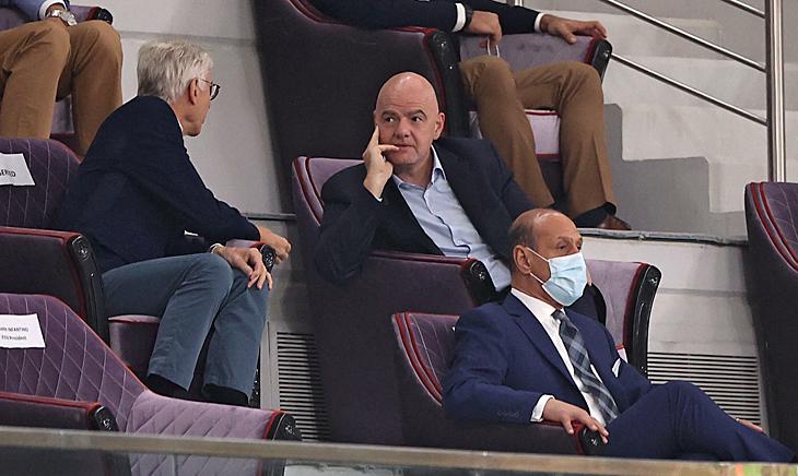 В adidas пошли против ФИФА: критикуют идею о проведении ЧМ раз в два года, а реформу сравнивают с Суперлигой